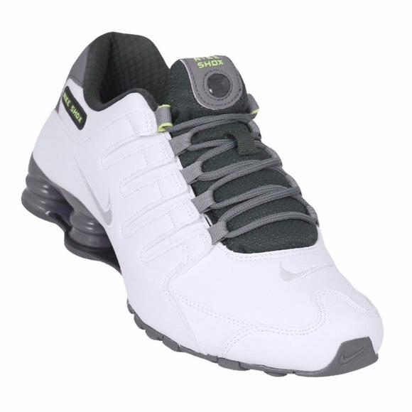 7a5e8e4f371f06 Nike Shox NZ SE Men s Sz 6 White Metallic Silver  Boutique